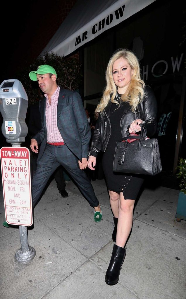 Avril Lavigne Was Spotted Out in Beverly Hills 03/02/2018-3