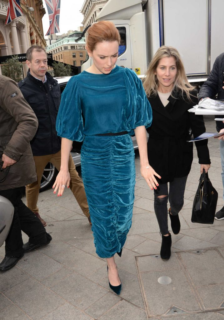 Daisy Ridley Arrives at Global Studios in London 03/09/2018-3
