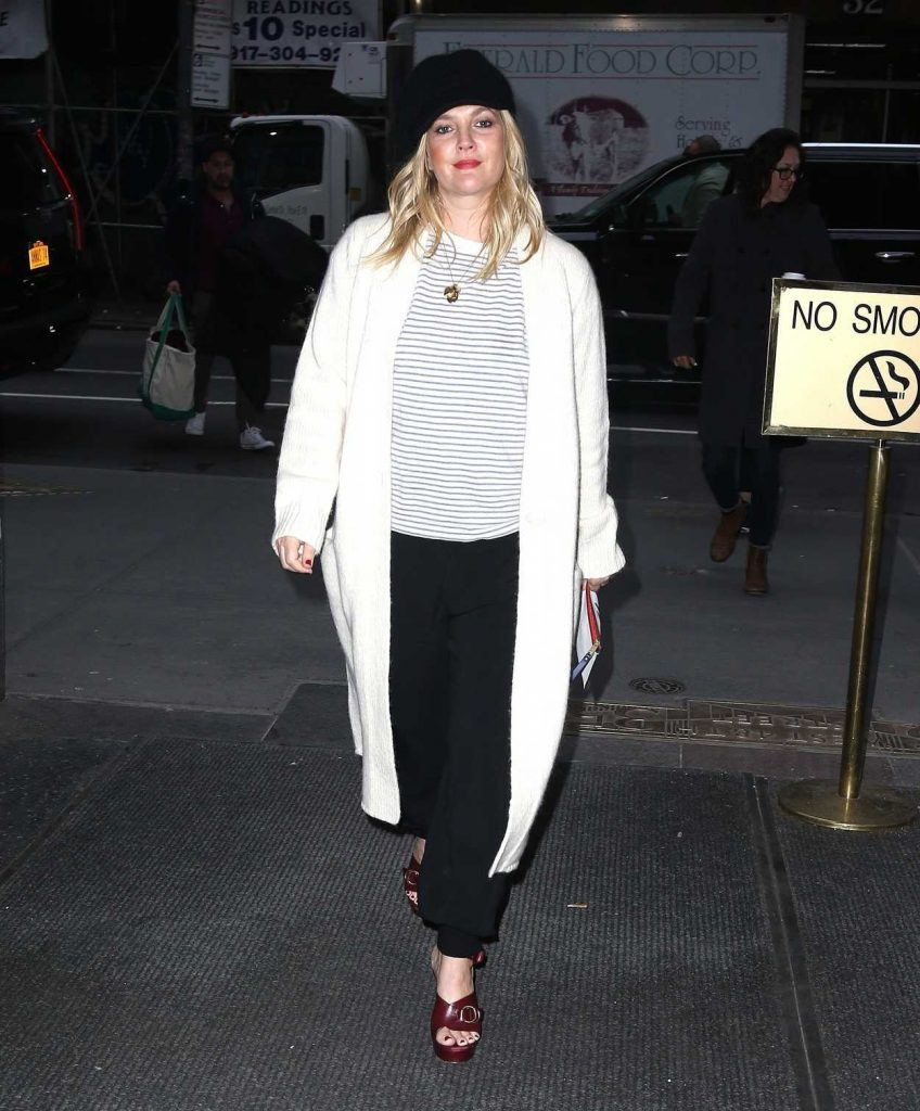 Drew Barrymore Arrives at the Today Show in New York City 03/20/2018-2