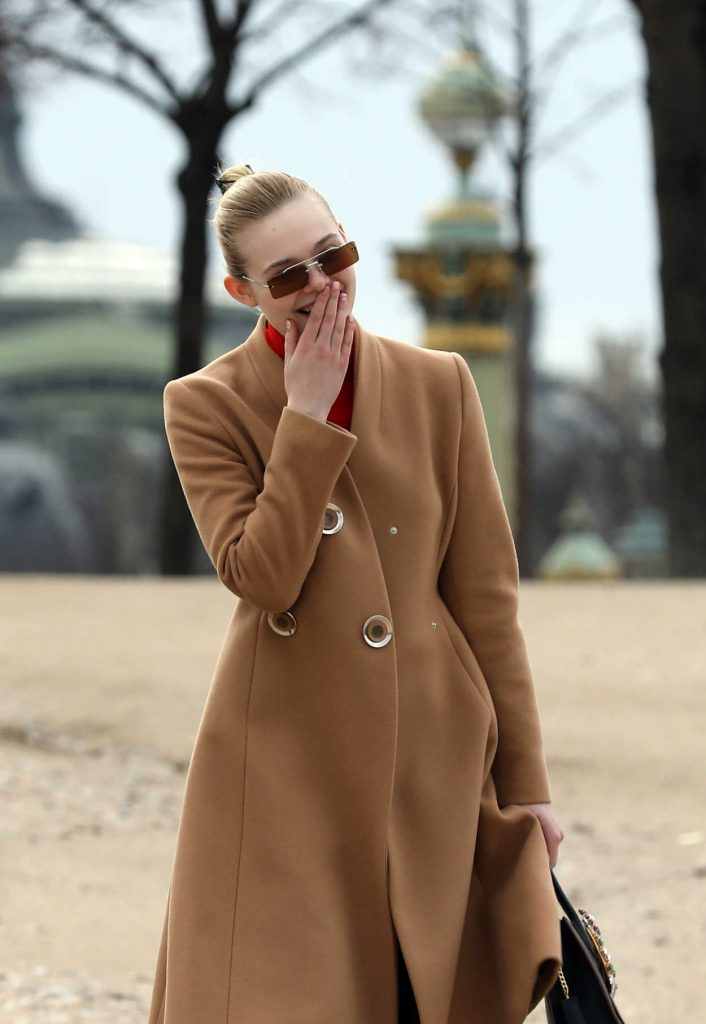 Elle Fanning Was Seen Out in Paris 03/05/2018-4