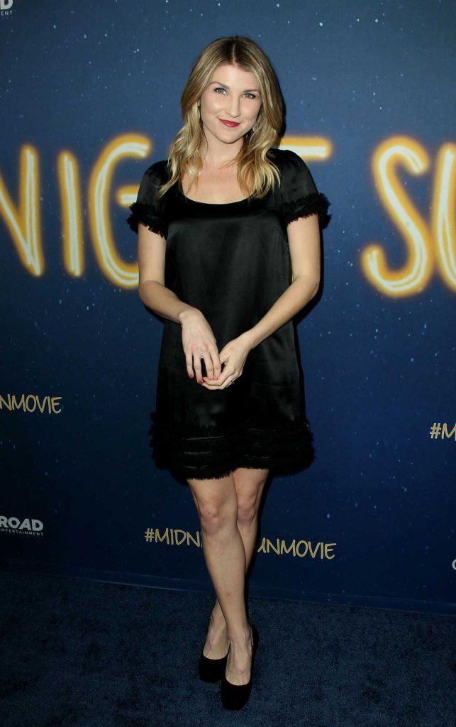 Emmy Buckner at the Midnight Sun Premiere in Los Angeles 03/15/2018-1