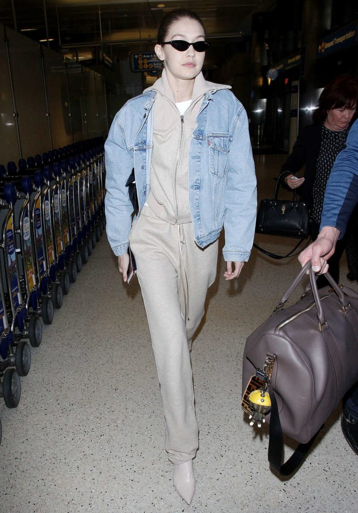 Gigi Hadid Was Spotted at LAX Airport in Los Angeles 03/26/2018-2