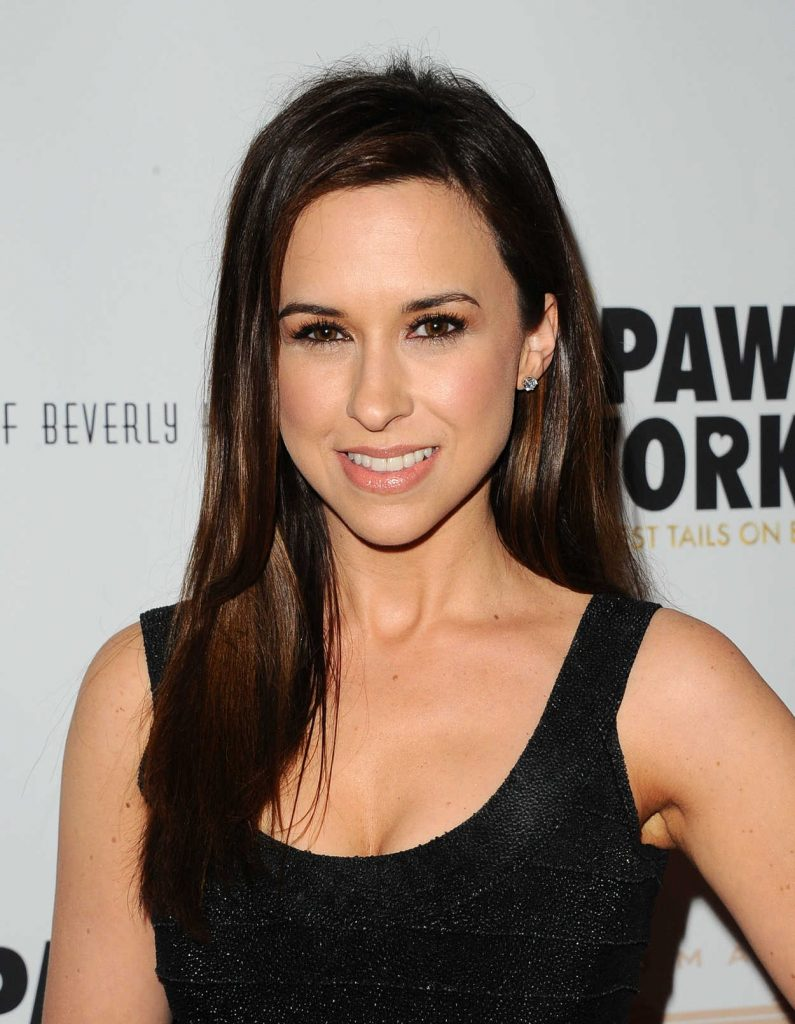 Lacey Chabert at the James Paw 007 Ties and Tails Gala in Westlake Village 03/10/2018-3