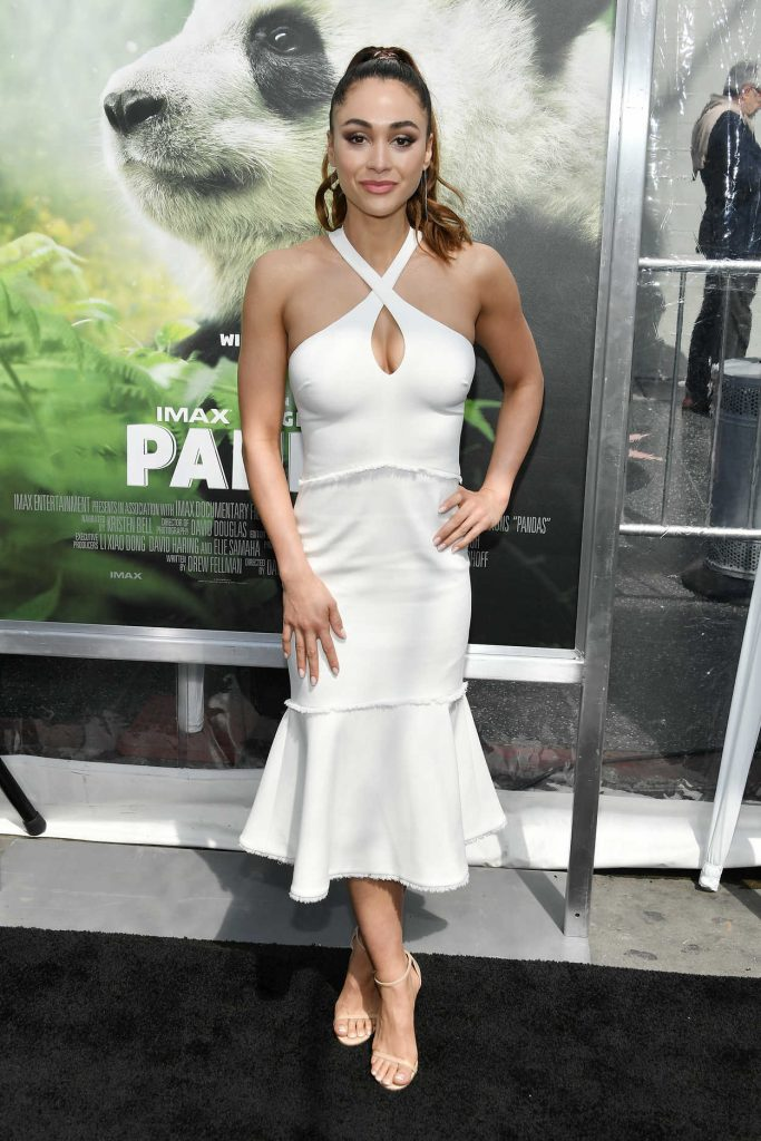 Lindsey Morgan at the Pandas World Premiere at The TCL Chinese Theatre in Hollywood 03/17/2018-1