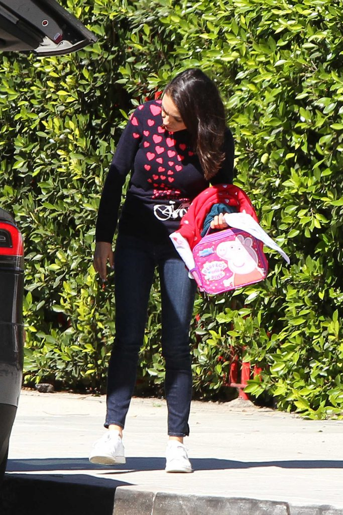 Mila Kunis Was Spotted Out in LA 03/26/2018-3