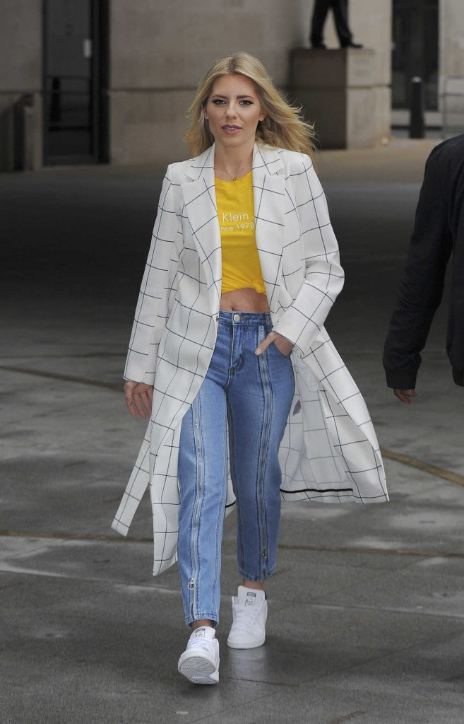 Mollie King Arrives at BBC Broadcasting House in London 03/09/2018-4