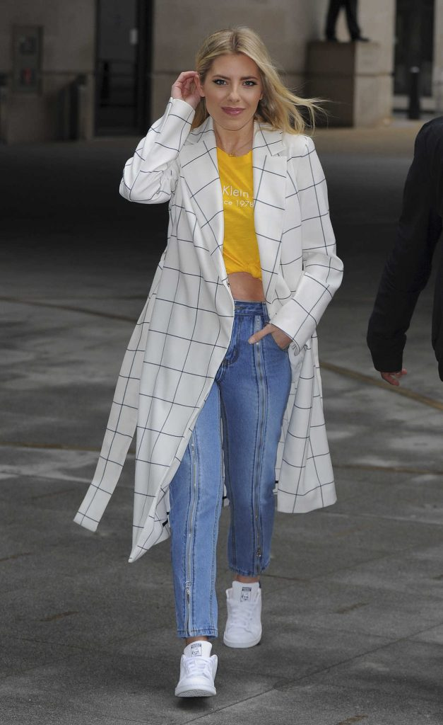 Mollie King Arrives at BBC Broadcasting House in London 03/09/2018-5