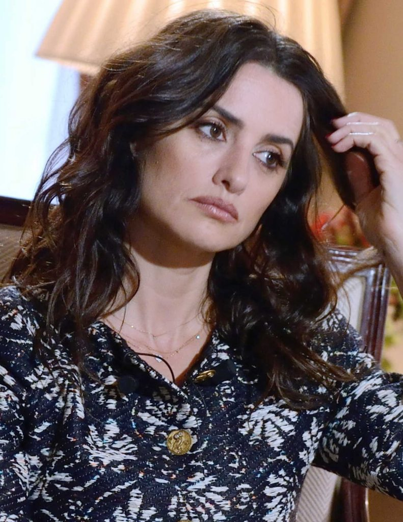 Penelope Cruz Answers to an Interview by BFM TV at the Bristol Hotel in Paris 03/02/2018-5