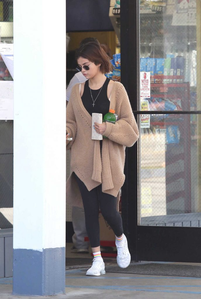 Selena Gomez Goes to a Store at a Gas Station in LA 03/27/2018-1
