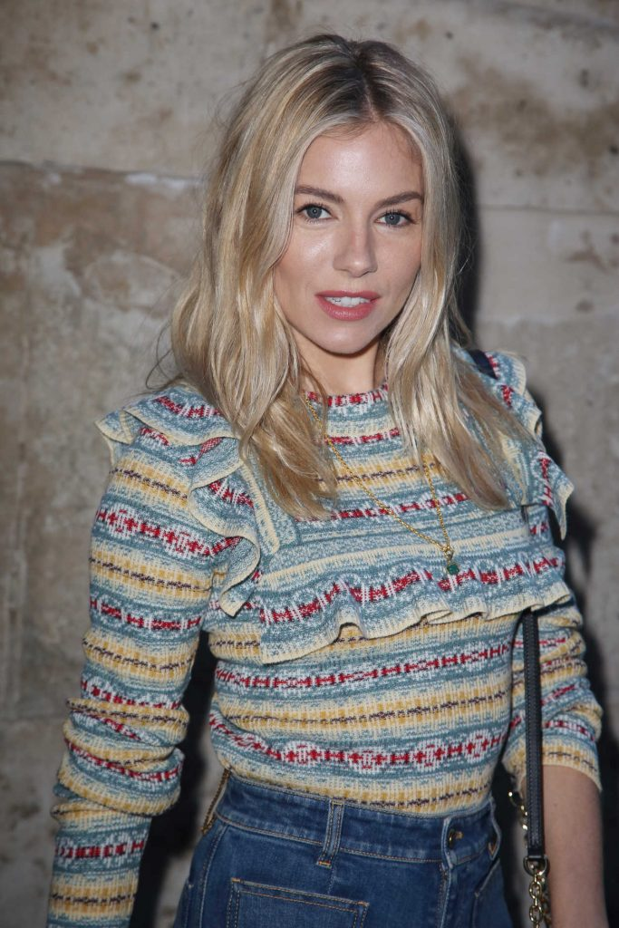 Sienna Miller at the Louis Vuitton Show During the Paris Fashion Week in Paris 03/06/2018-3