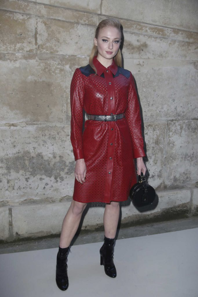 Sophie Turner at the Louis Vuitton Show During the Paris Fashion Week in Paris 03/06/2018-2