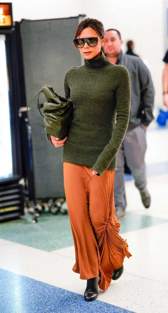 Victoria Beckham Was Spotted at JFK Airport in New York 03/02/2018-1