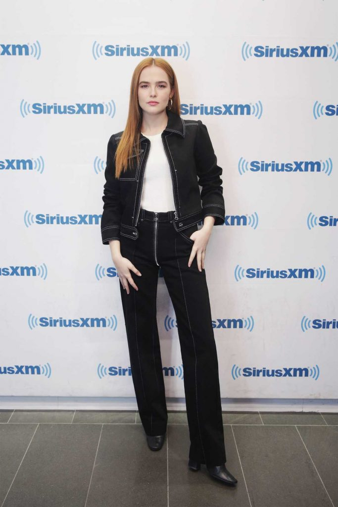 Zoey Deutch Visits SiriusXM Studios in New York City 03/20/2018-1