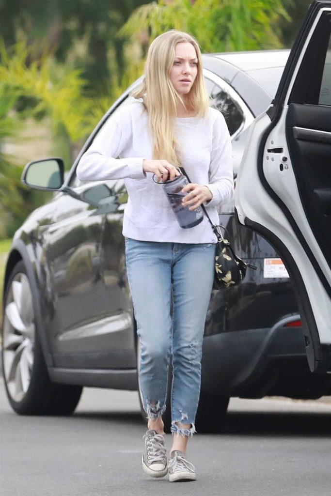 Amanda Seyfried Heads to an Easter Party in Los Angeles 04/01/2018-2