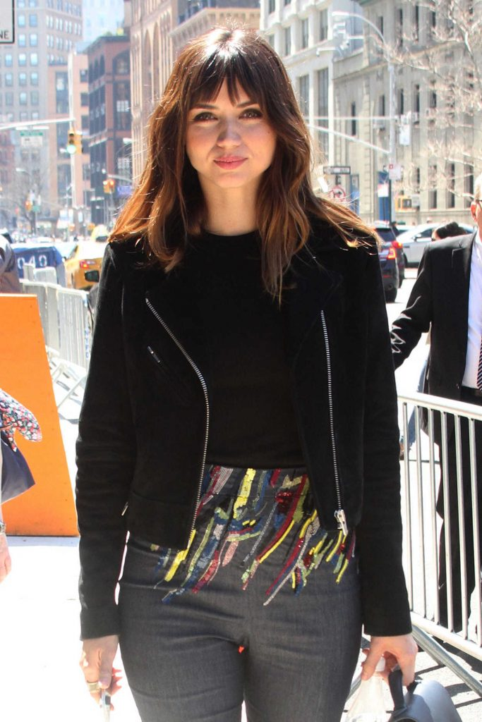 Ana de Armas Was Seen Out in New York City 04/23/2018-3