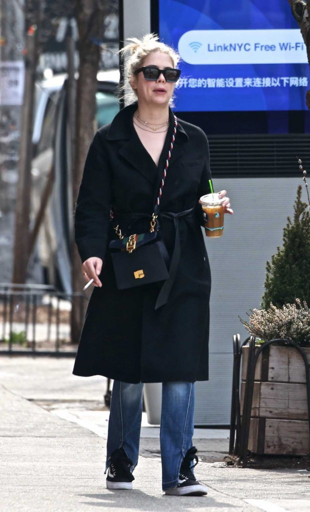 Ashley Benson Was Spotted Out in NYC 04/12/2018-4