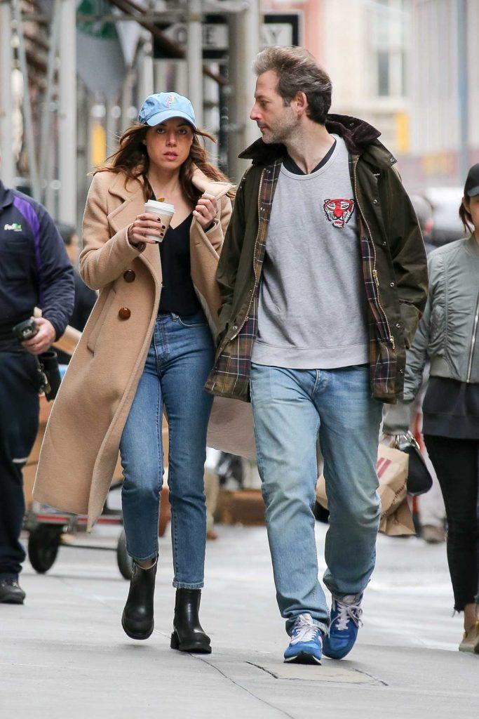 Aubrey Plaza Was Seen Out with Boyfirend Jeff Baena in New York 04/19/2018-2