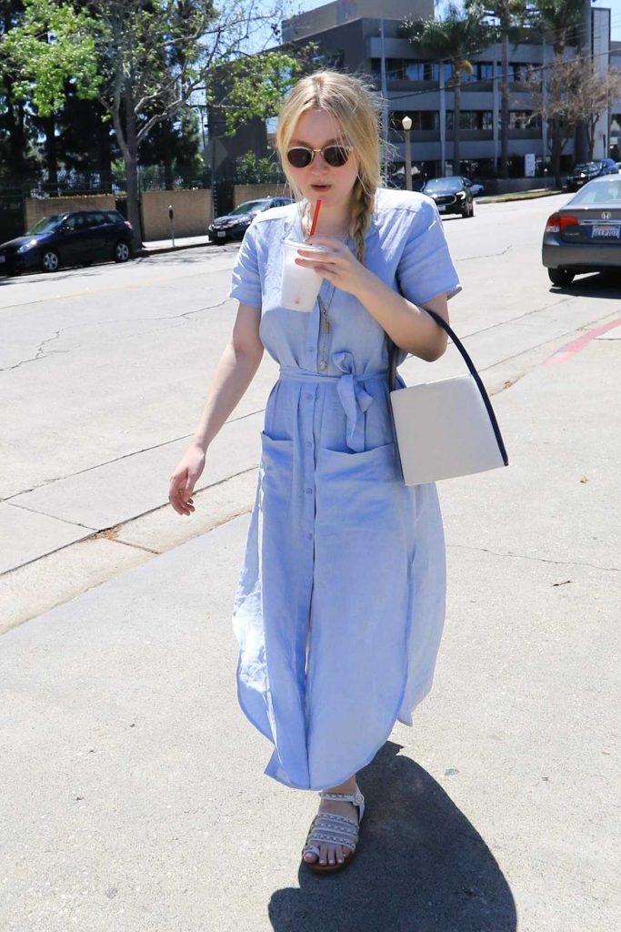 Dakota Fanning Leaves the Farmers Market in Studio City 04/22/2018-2