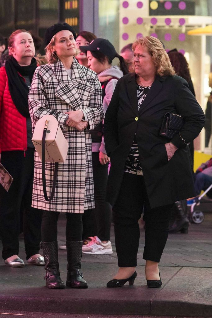 Diane Kruger Takes Her Mom to Watch Summer: The Donna Summer Musical in New York 03/31/2018-1