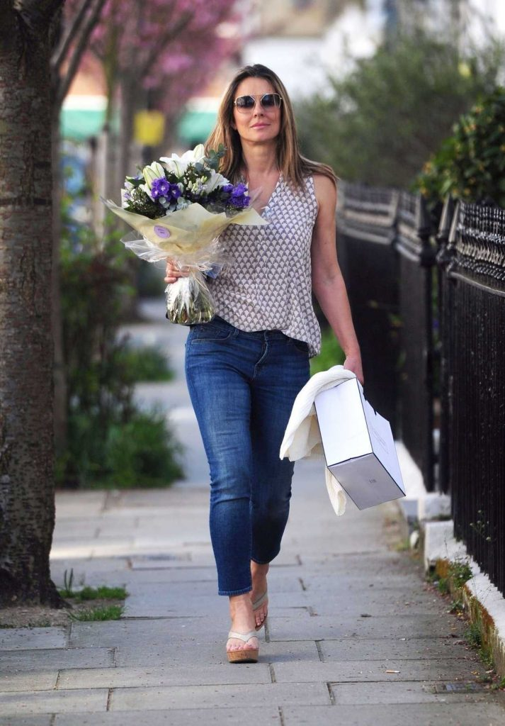 Elizabeth Hurley Out Shopping in London 04/18/2018-4