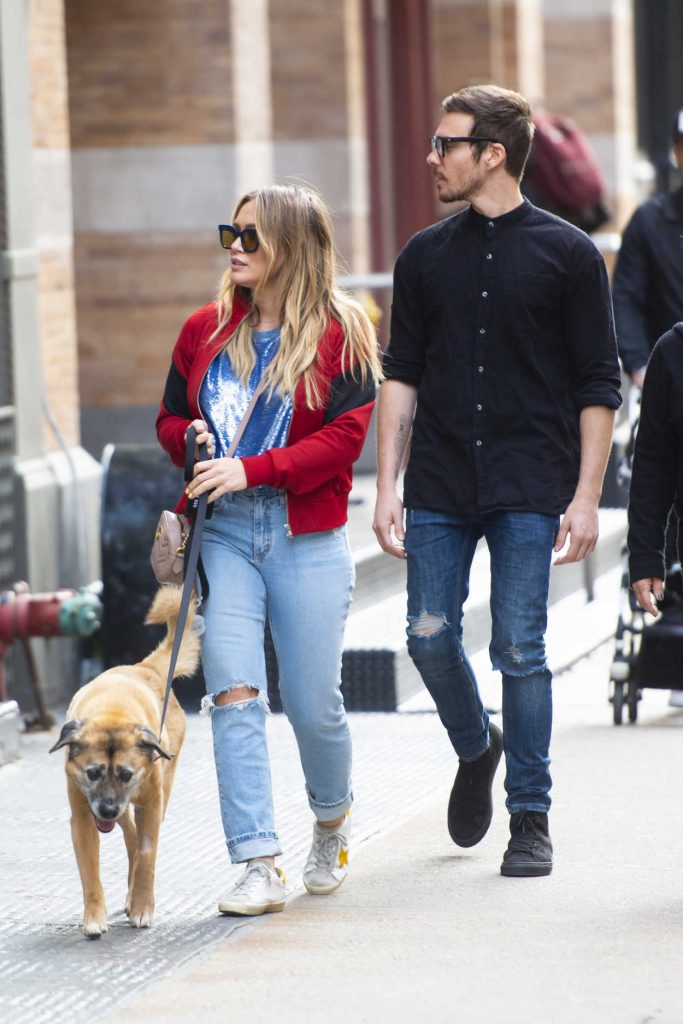 Hilary Duff Walks Her Dog Out SoHo, NYC 04/21/2018-1