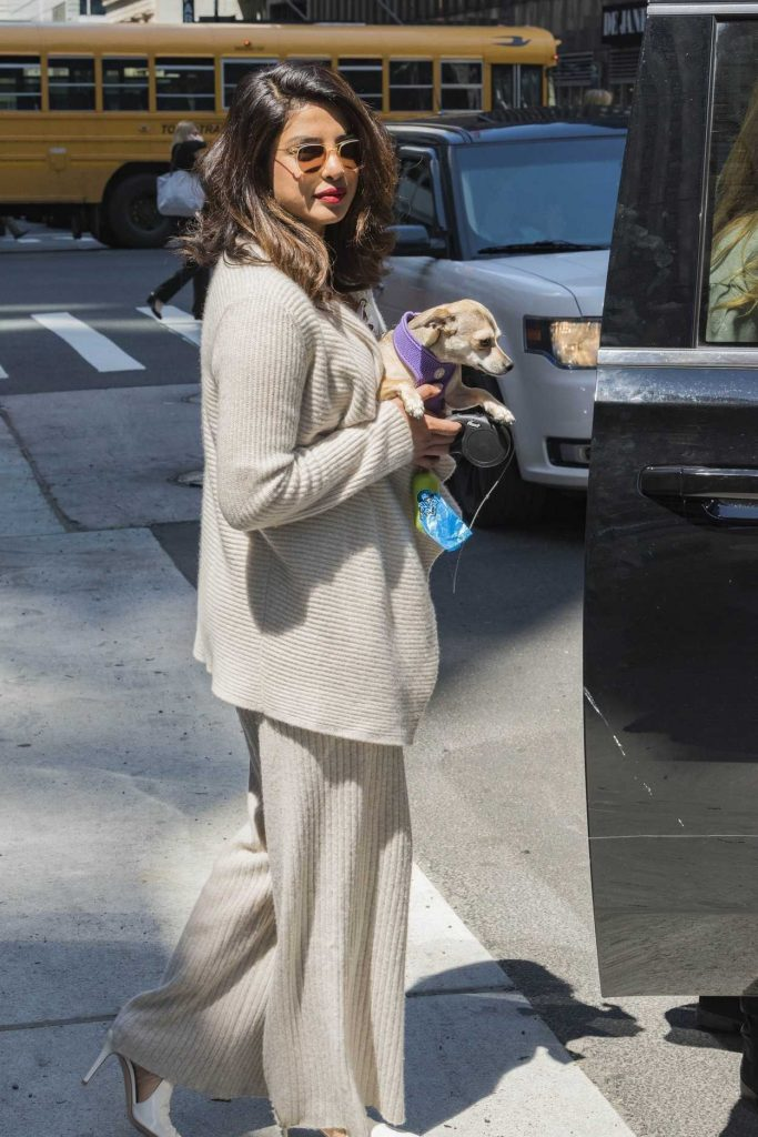 Priyanka Chopra Leaves Her Hotel in New York City 04/23/2018-5