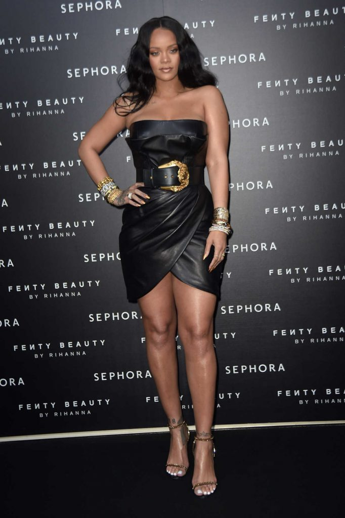 Rihanna at the Fenty Beauty Line by Sephora Launch in Milan 04/05/2018-2