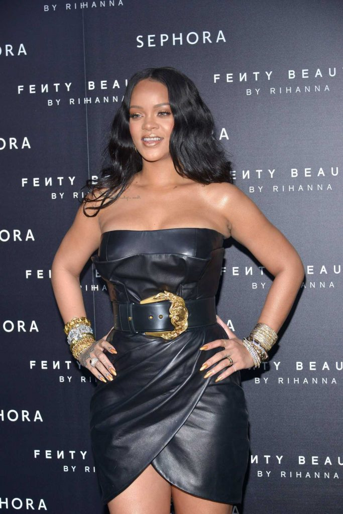 Rihanna at the Fenty Beauty Line by Sephora Launch in Milan 04/05/2018-4