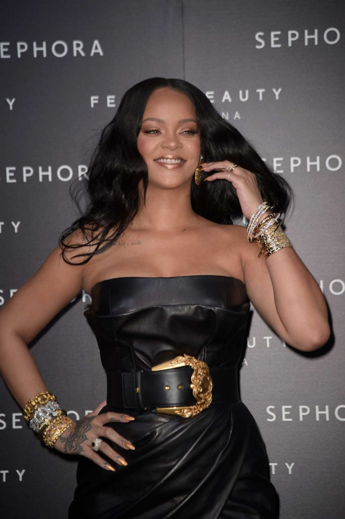 Rihanna at the Fenty Beauty Line by Sephora Launch in Milan 04/05/2018-5