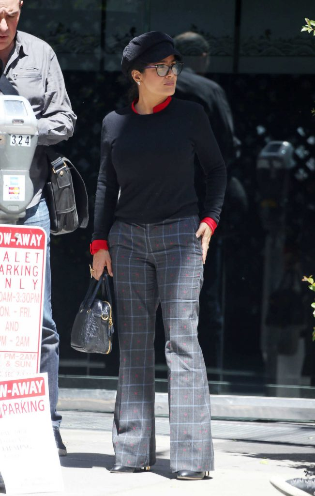 Salma Hayek Arrives at Mr Chow in Los Angeles 04/12/2018-3