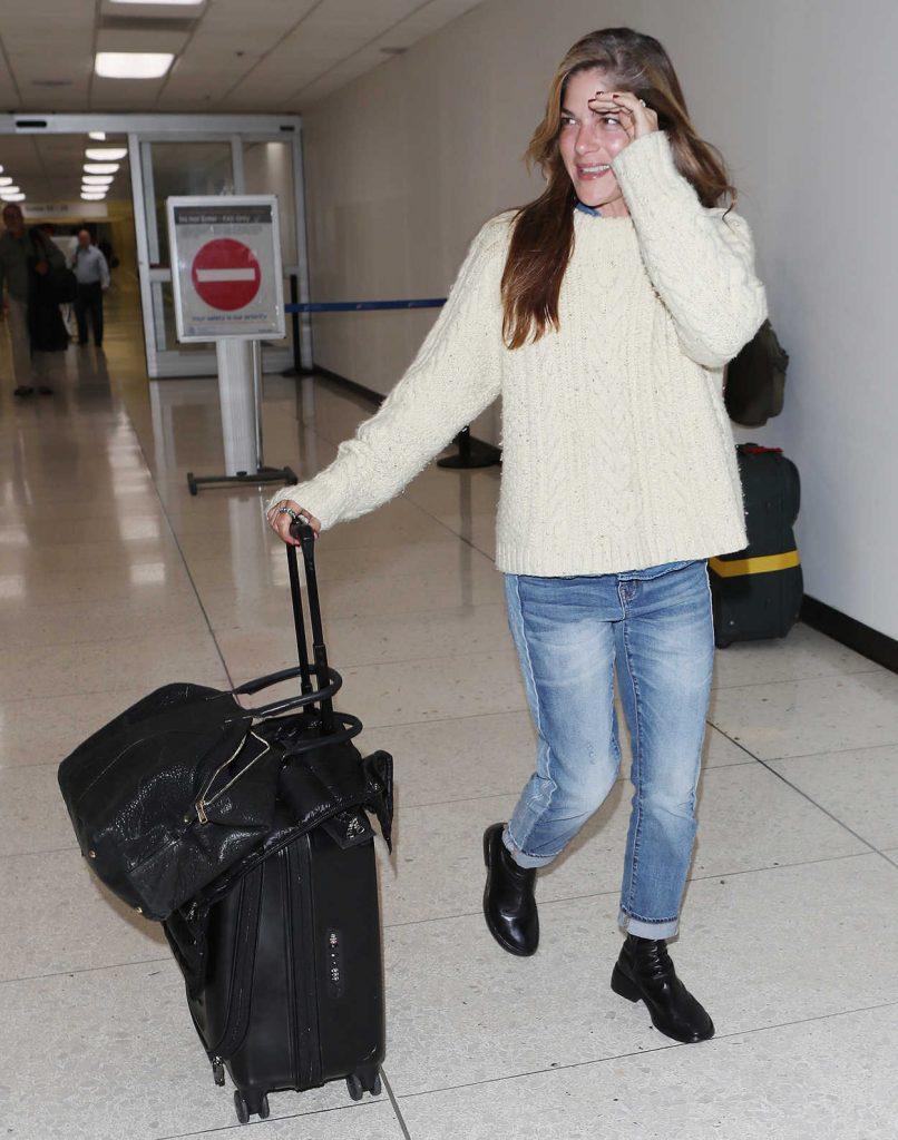 Selma Blair Arrives at LAX Airport in LA 04/06/2018-1