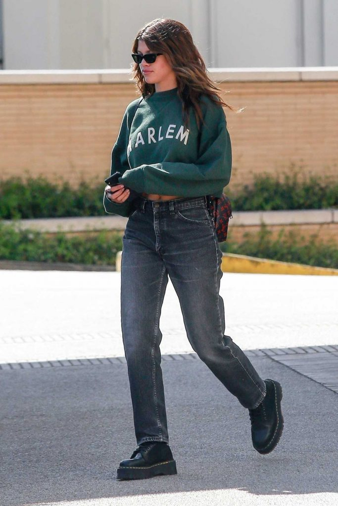 Sofia Richie Goes Shopping in Los Angeles 04/12/2018-4