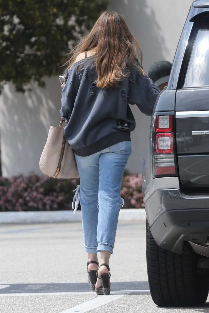 Sofia Vergara Out Shopping in Beverly Hills 04/02/2018-2