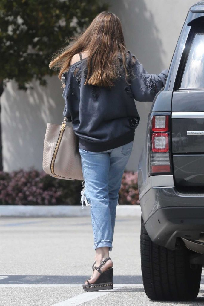 Sofia Vergara Out Shopping in Beverly Hills 04/02/2018-3