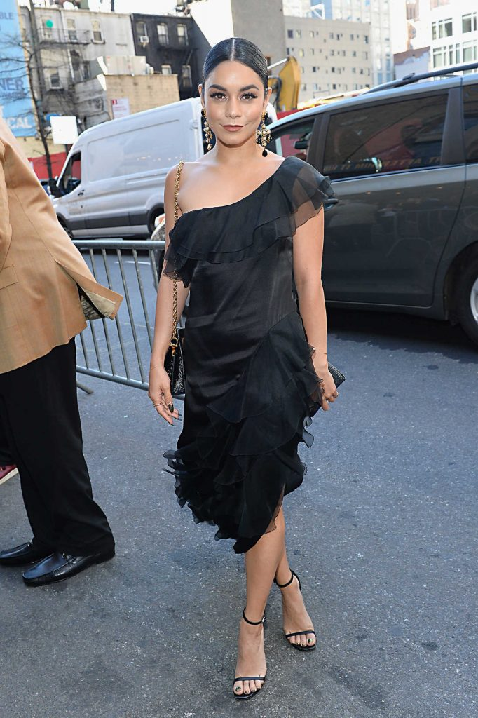Vanessa Hudgens Arrives at The Iceman Cometh Opening Night on Broadway in NYC 04/26/2018-1