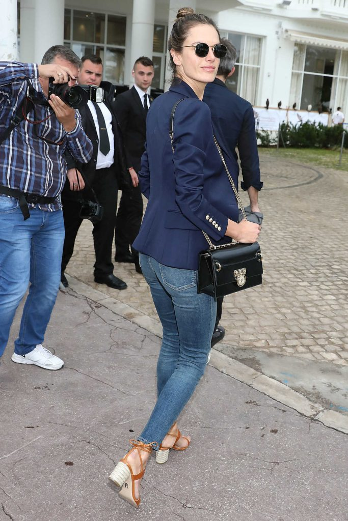 Alessandra Ambrosio Was Seen Out in Cannes During the 71st Annual Cannes Film Festival 05/13/2018-2