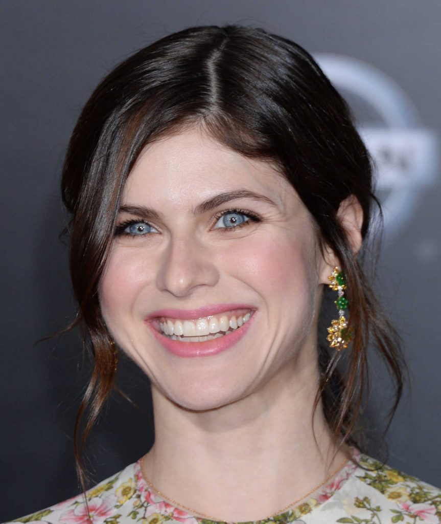 Alexandra Daddario at the Solo: A Star Wars Story Premiere in Los Angeles 05/10/2018-5