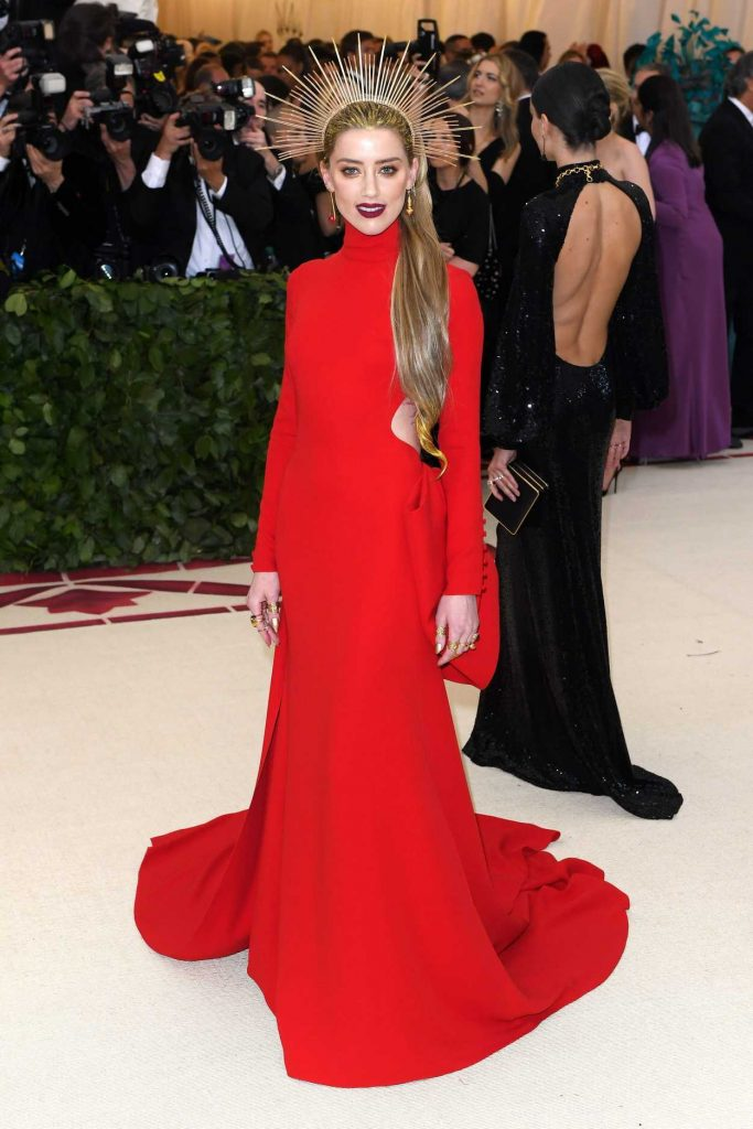 Amber Heard at the Heavenly Bodies: Fashion and The Catholic Imagination Costume Institute Gala in New York City 05/07/2018-1