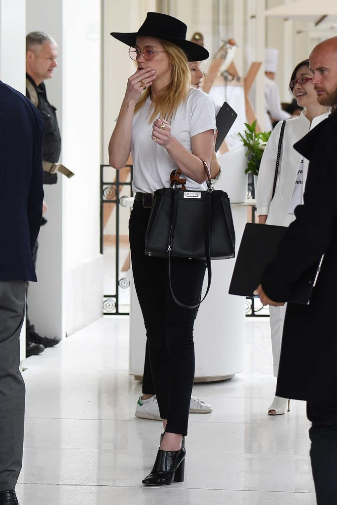 Amber Heard Leaves Her Hotel in Cannes 05/13/2018-2