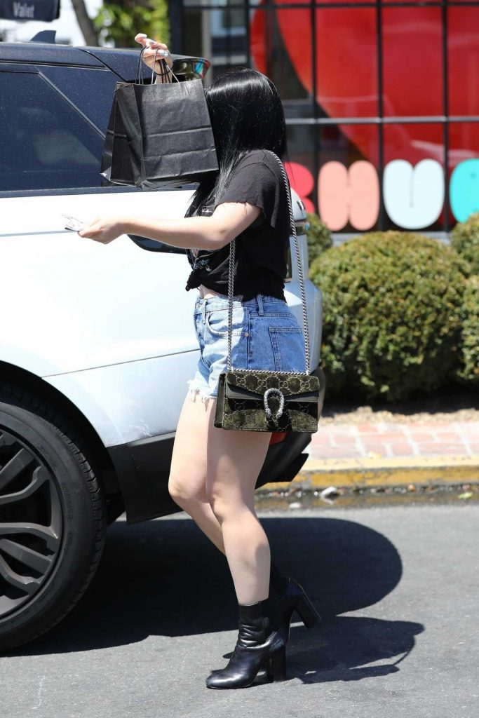 Ariel Winter Leaves the Nine Zero One Salon in West Hollywood 05/16/2018-5