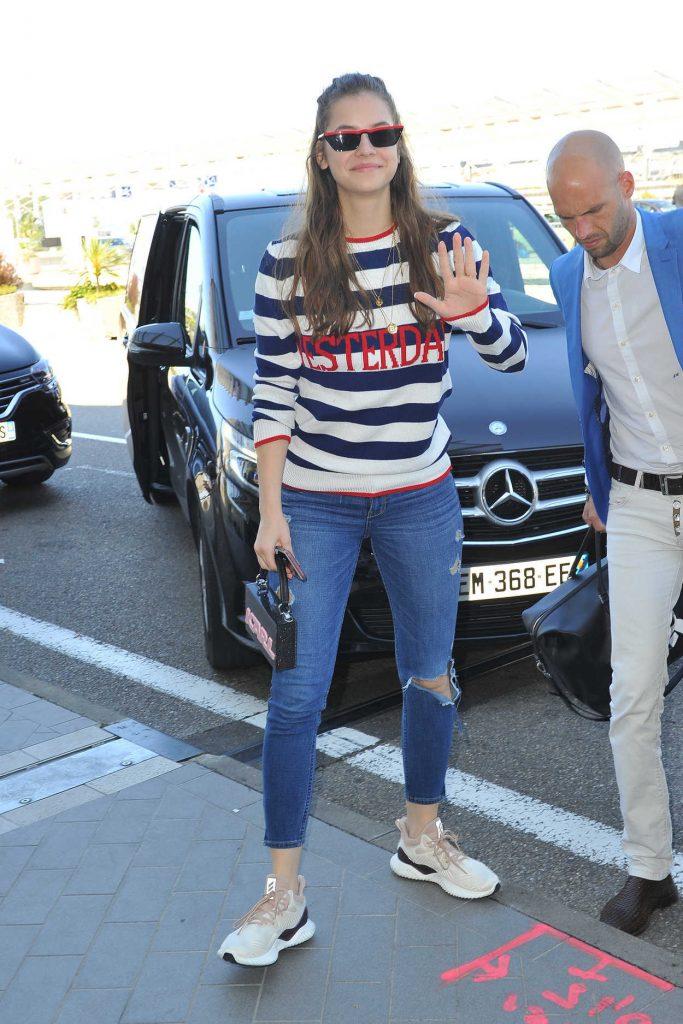 Barbara Palvin Arrives at Nice Cote d'Azur Airport in Nice 05/18/2018-3