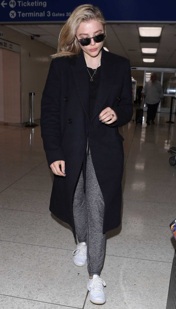 Chloe Moretz Arrives at LAX Airport in Los Angeles 05/01/2018-5