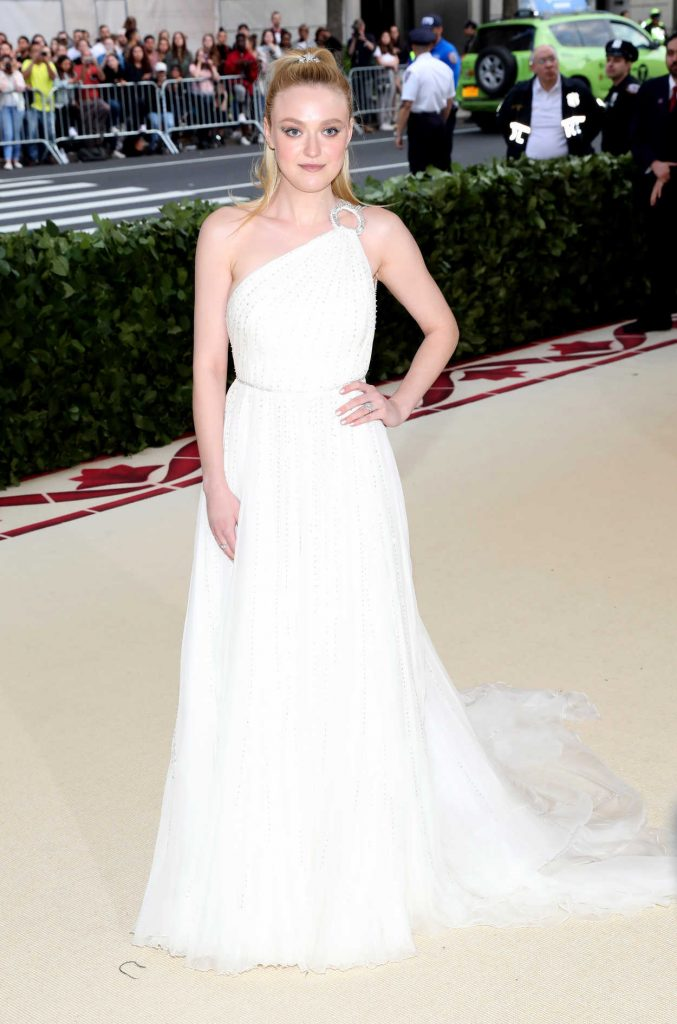 Dakota Fanning at the Heavenly Bodies: Fashion and The Catholic Imagination Costume Institute Gala in New York City 05/07/2018-2