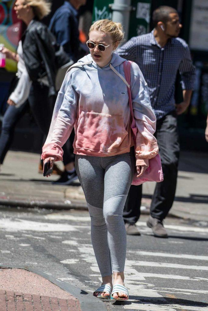 Dakota Fanning Leaves the Gym in New York's Soho District 05/15/2018-3