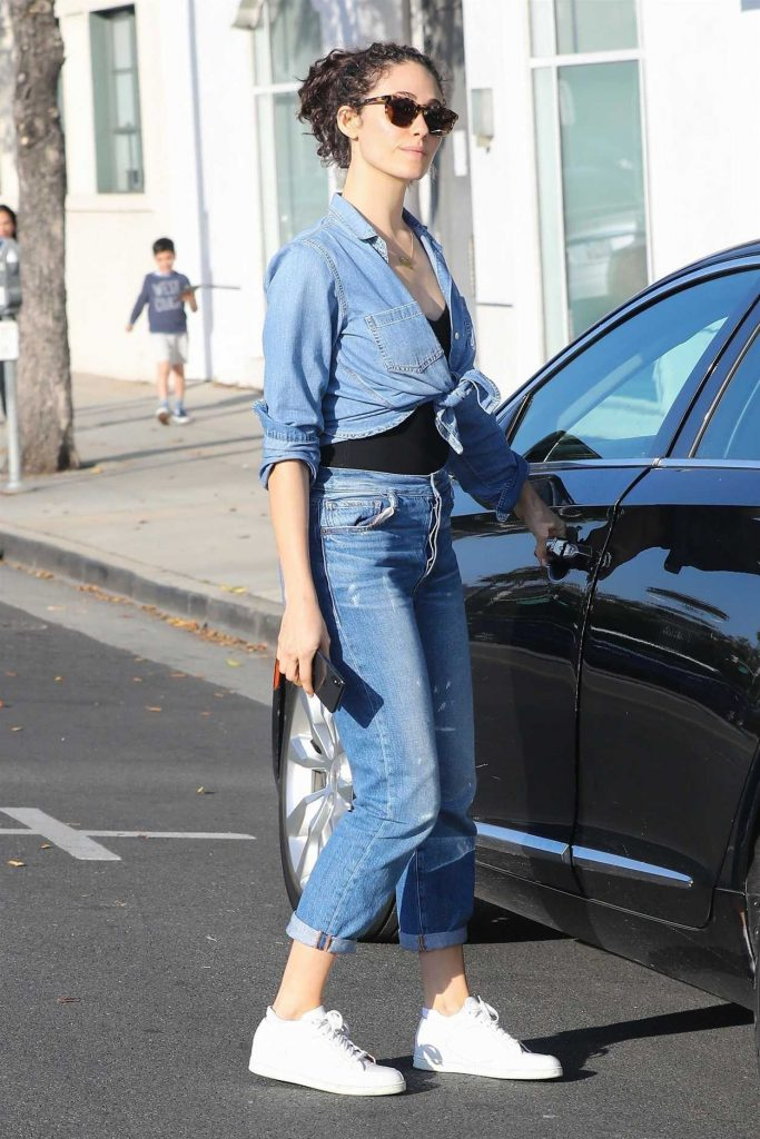 Emmy Rossum Out Shopping in West Hollywood 05/17/2018-4