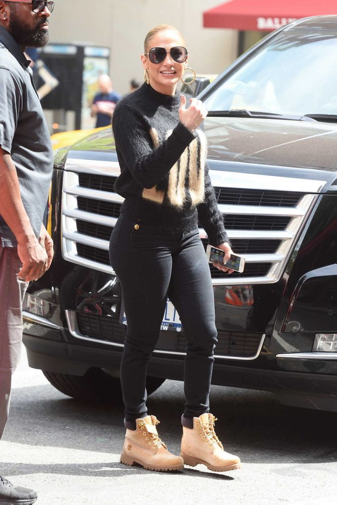 Jennifer Lopez Goes Shopping on Madison Avenue in New York City 05/11/2018-1