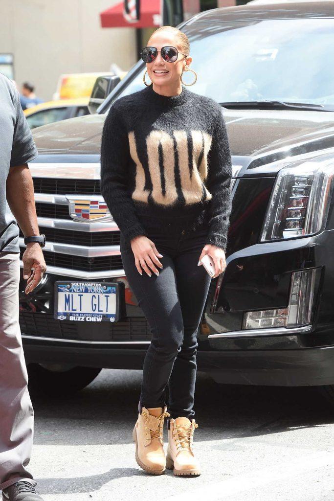 Jennifer Lopez Goes Shopping on Madison Avenue in New York City 05/11/2018-2