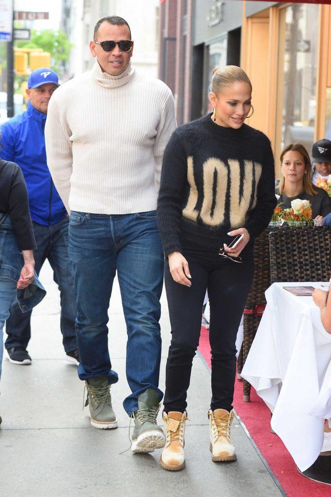 Jennifer Lopez Goes Shopping on Madison Avenue in New York City 05/11/2018-4