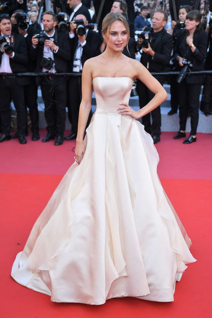Kimberley Garner at the Girls of the Sun Premiere During the 71st Cannes Film Festival in Cannes 05/12/2018-1