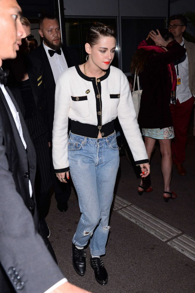 Kristen Stewart Leaves the Palace Festival in Cannes 05/12/2018-1